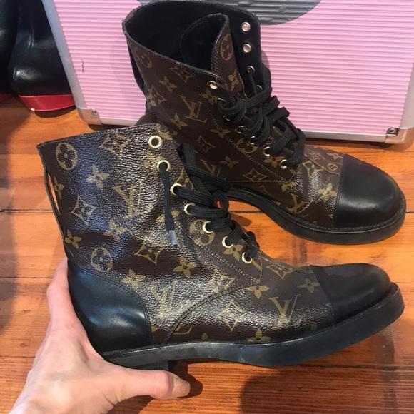b7c654daccd6 Louis Vuitton Shoes - Louis Vuitton wonderland flat ranger boot